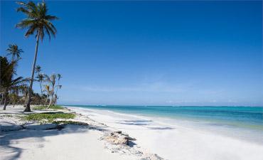 Plage de Zanzibar en extension balnéaire en voyage en Tanzanie