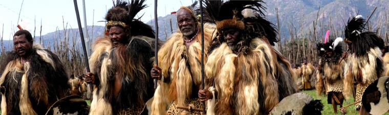 Tribu swazi dans les villages au Swaziland en voyage en Afrique du Sud